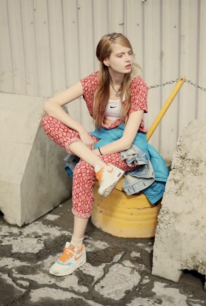 - scriptical-wordpress-aleksandra-marczyk-by-nicole-maria-winkler-for-ozon-greece-summer-2012-7