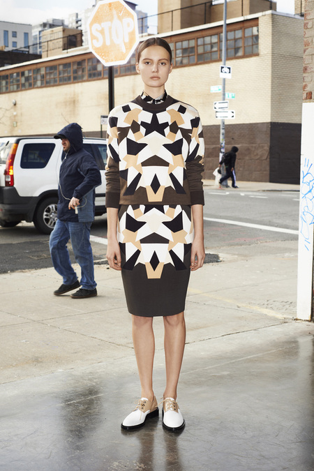givenchy_008_1366.450x675