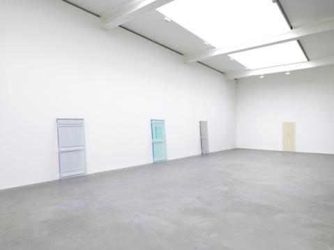 rachel-whiteread-door-03
