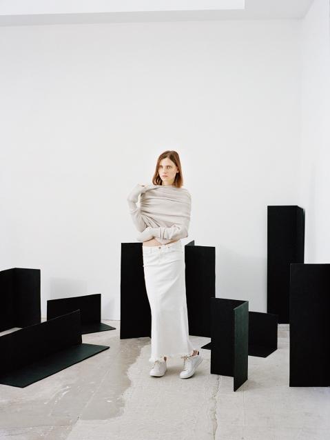 hart_leshkina-maria-loks-wallpaper-magazine-14