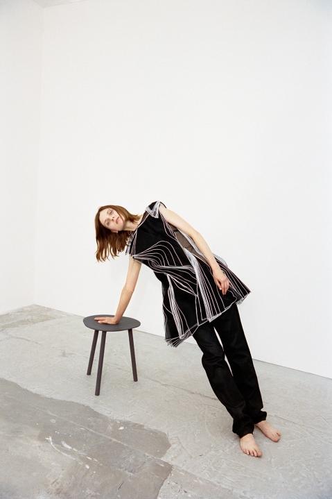 hart_leshkina-maria-loks-wallpaper-magazine-9
